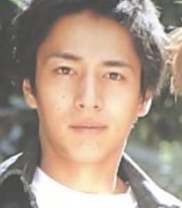 徳井義実の若い頃がイケメン!画像あり。モテ男故の恐怖体験がやばい!